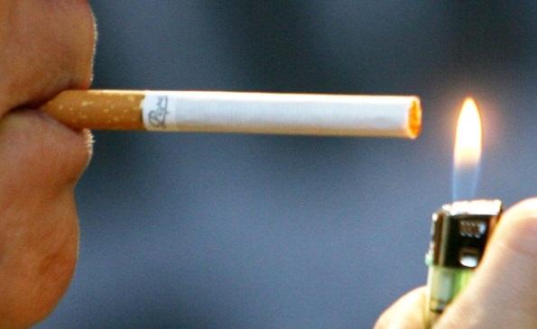 Sigaretta-accesa