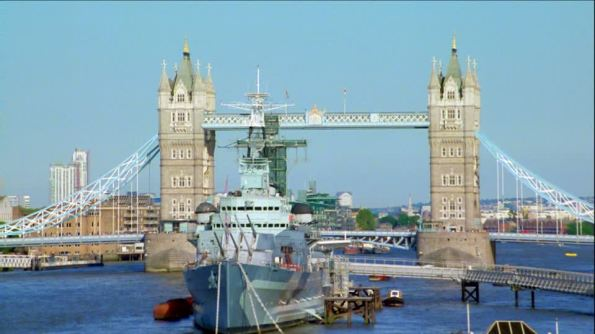 732319256-hms-belfast-tower-bridge-tamigi-nave-da-guerra
