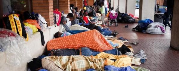 como-arrivano-i-prefabbricati-per-i-migranti_8a909546-5f12-11e6-950d-f47b7351a9ea_998_397_big_story_detail