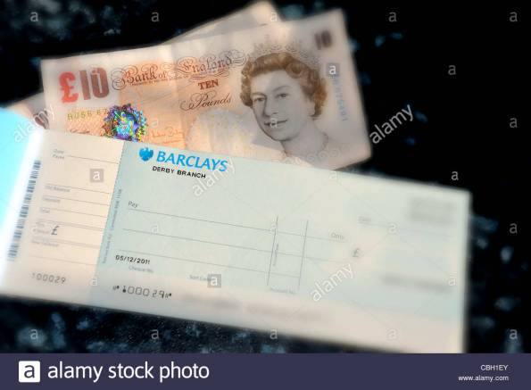 fotobarclays-cheque-book-and-english-cash-currency-uk-account-details-cbh1ey